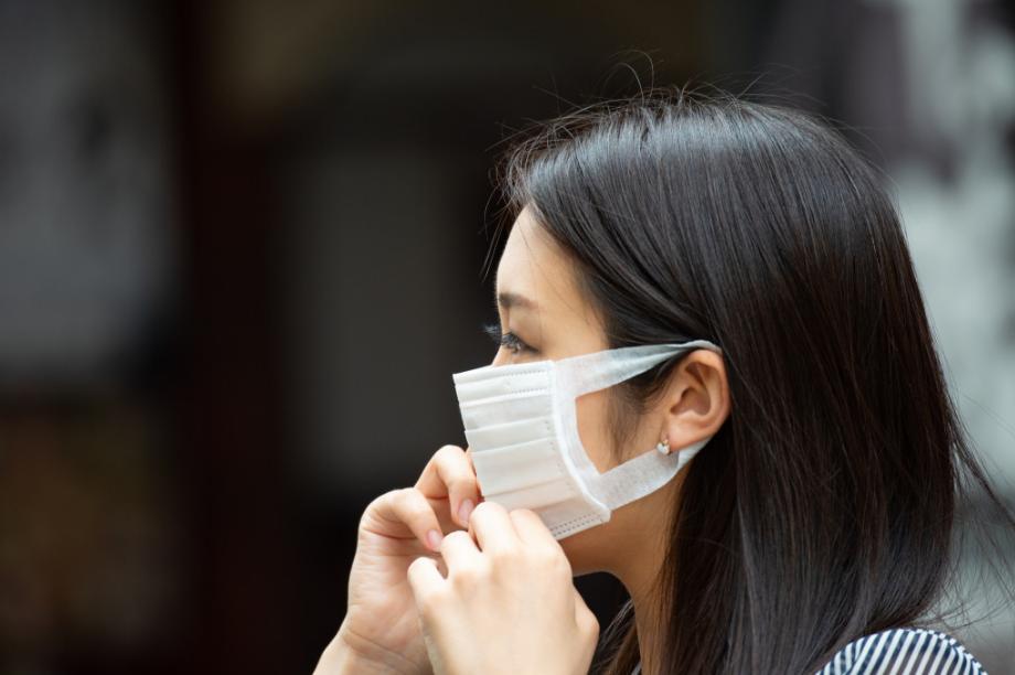 Usar ou não máscaras para prevenir coronavírus: especialistas recomendam versões de pano feitas em casa – Pais&Filhos