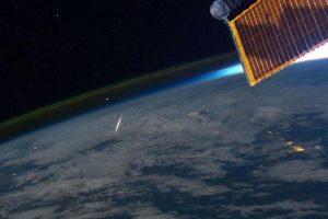 Alguns meteoros conseguem passar da atmosfera da Terra