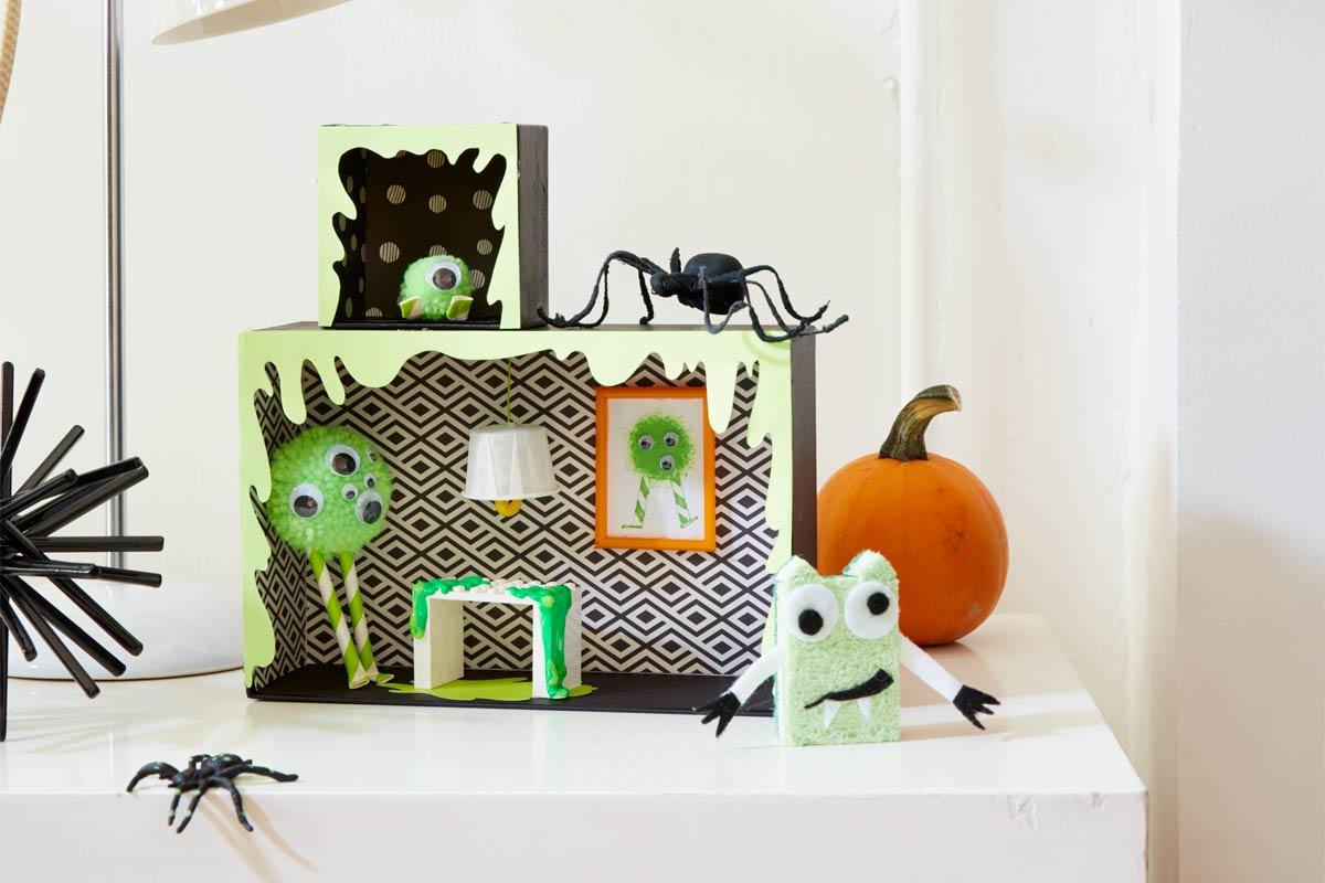 A casa monstro com slime é uma pedida divertida de decoração para o Halloween