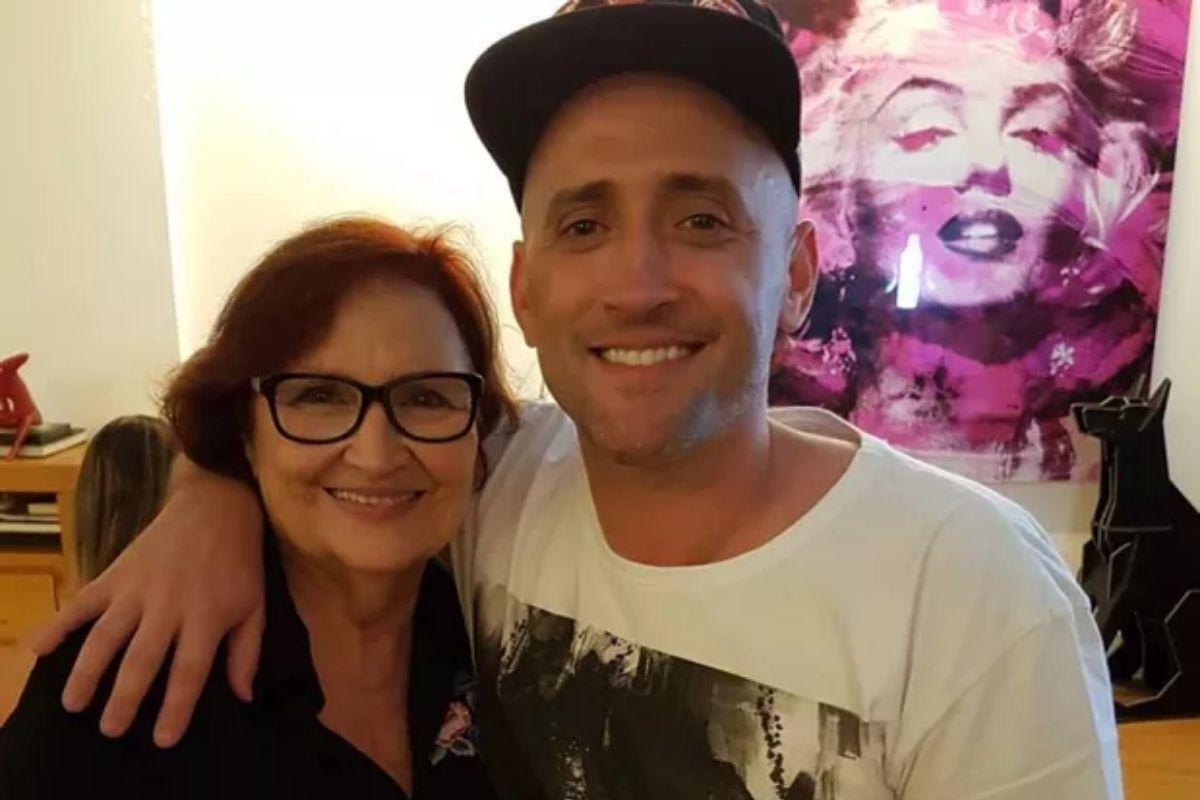 Dea Lucia diz que o filho, Paulo Gustavo, sempre vai estar com ela