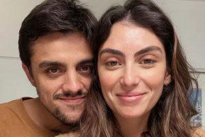 Mariana é casada com Felipe