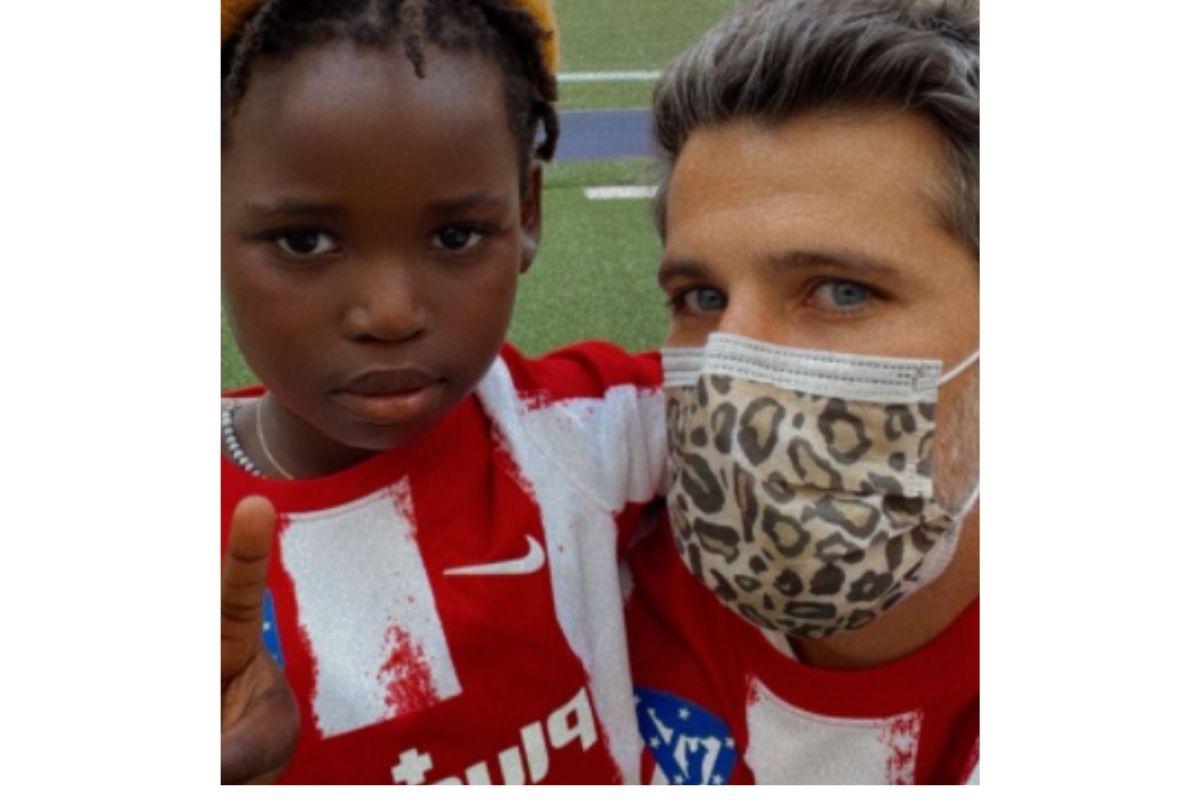 Bruno e Bless no estádio do Atlético de Madrid