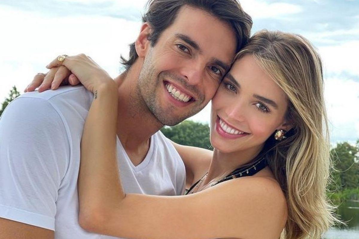 Carol Dias com marido Kaká