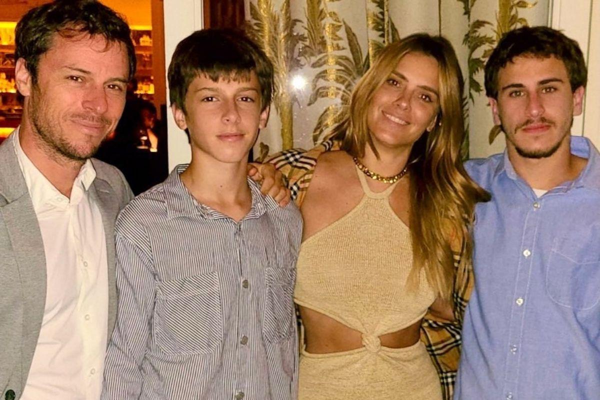 Carolina Dieckmann posta foto com família