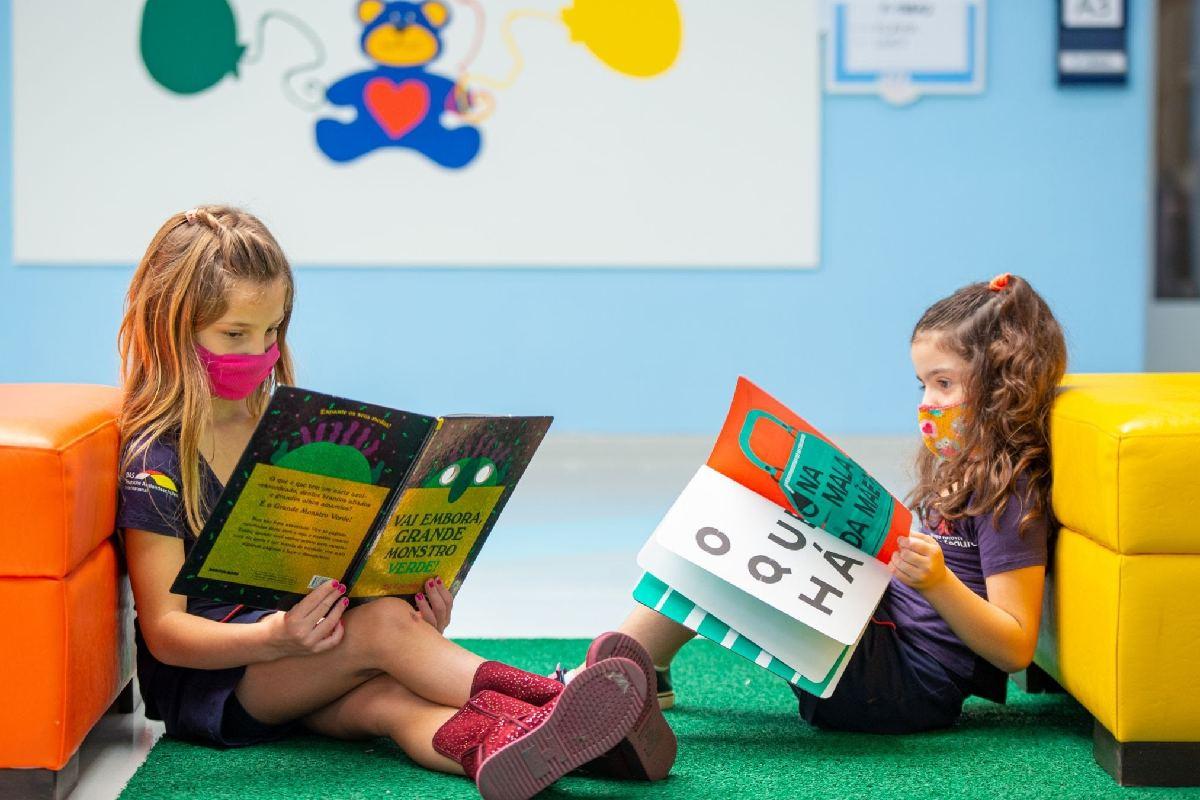O colégio desenvolve ações em cada área do conhecimento