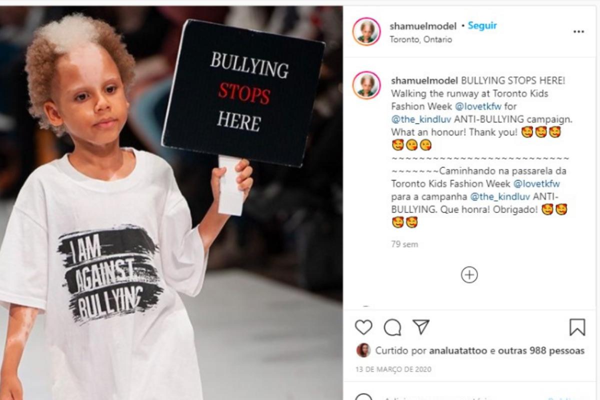 Samuel aproveita os desfiles para protestar contra o bullying