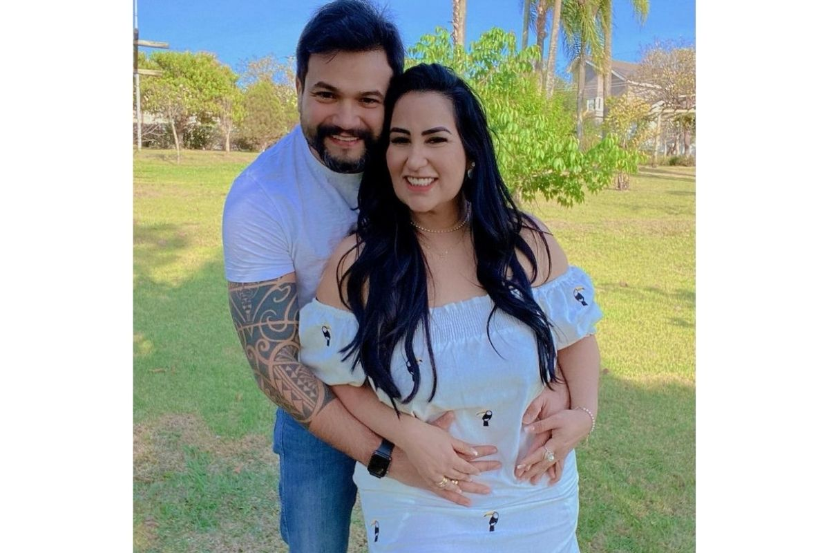 Fabíola Gadelha grávida do terceiro filho