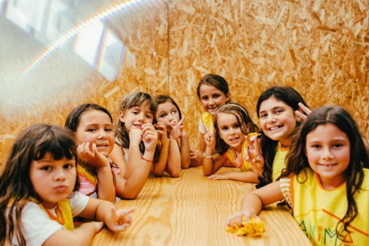 A mesa das meninas foi super animada