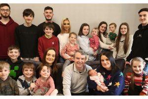 Sue e Noel possuem a maior família de toda a Grã-Bretanha