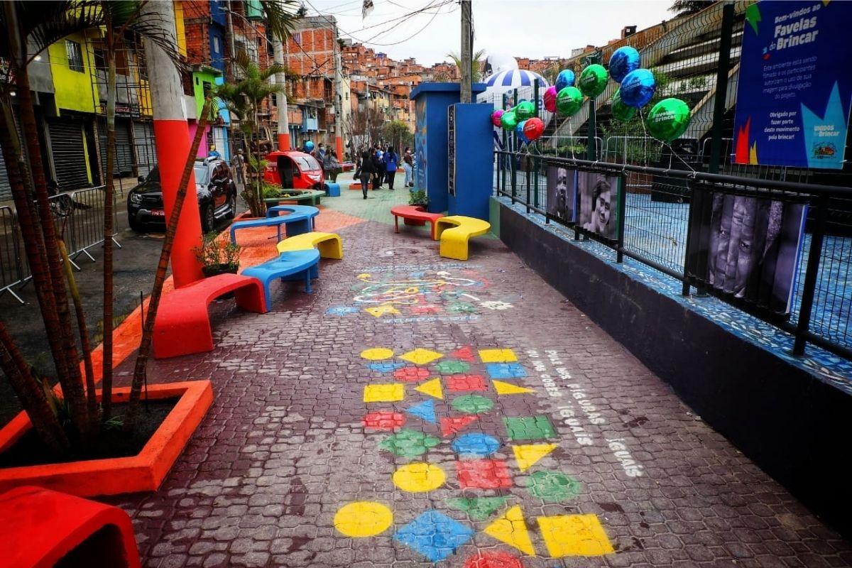 """A área do """"Favelas do Brincar"""" foi inaugurada no centenário de Paraisópolis"""
