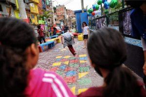 """O """"Favelas do brincar"""" entregou seu último trabalho na favela de Paraisópolis, em São Paulo"""
