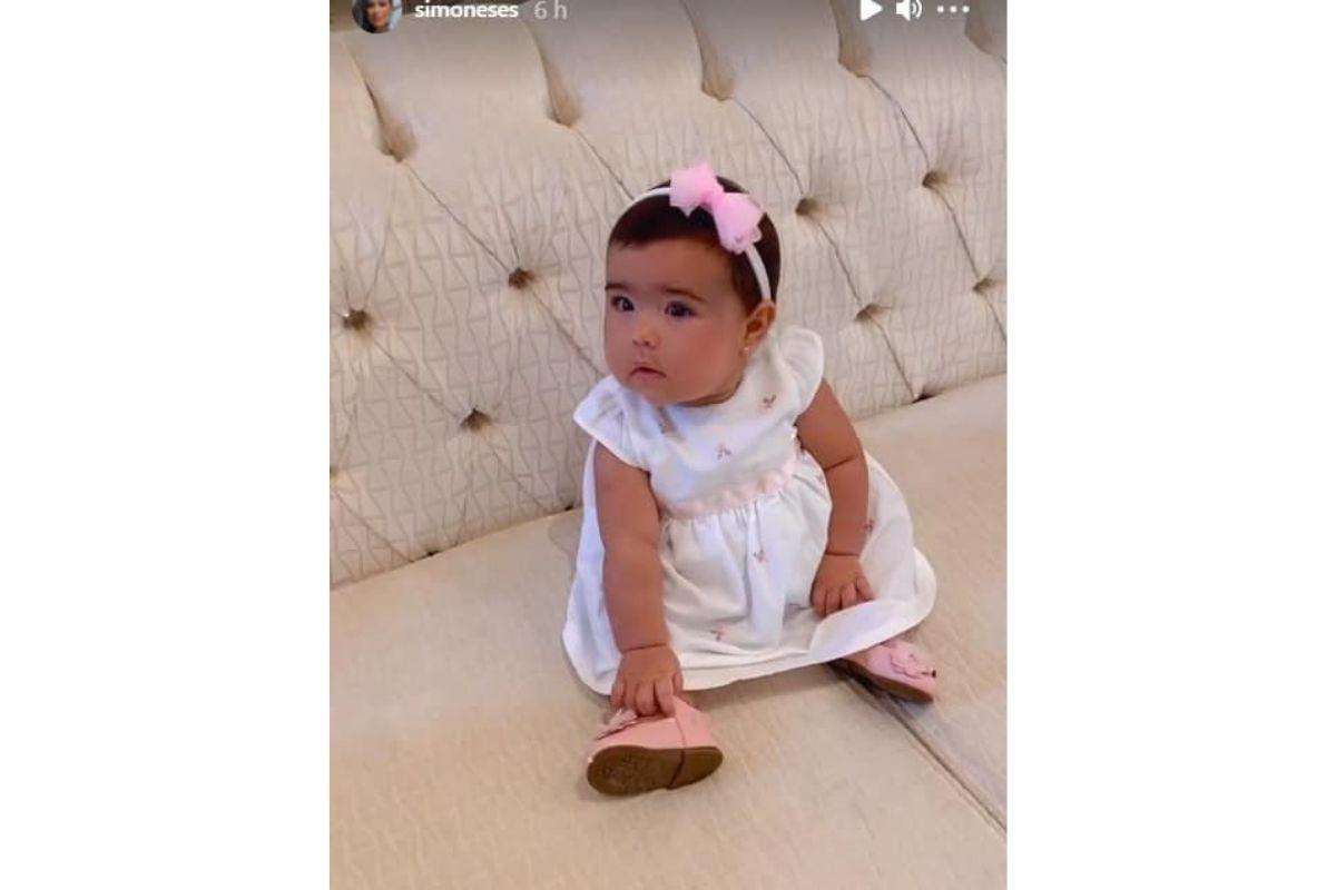 Os sapatos que Zaya usava são da Giovanna filha de Simaria