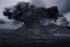 O vulcão entrou em estado de alerta e pode causar um tsunami no Brasil