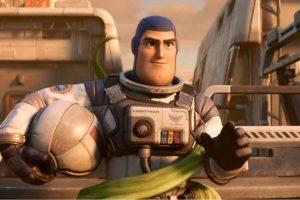 """""""Lightyear"""" filme do personagem de ToyStory Buzz Lightyear ganha trailer"""