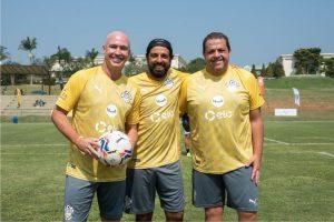 Caioba Soccer Camp convida crianças da CUFA para jogar futebol com ídolos do esporte