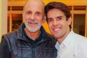 Kaká celebra aniversário do pai
