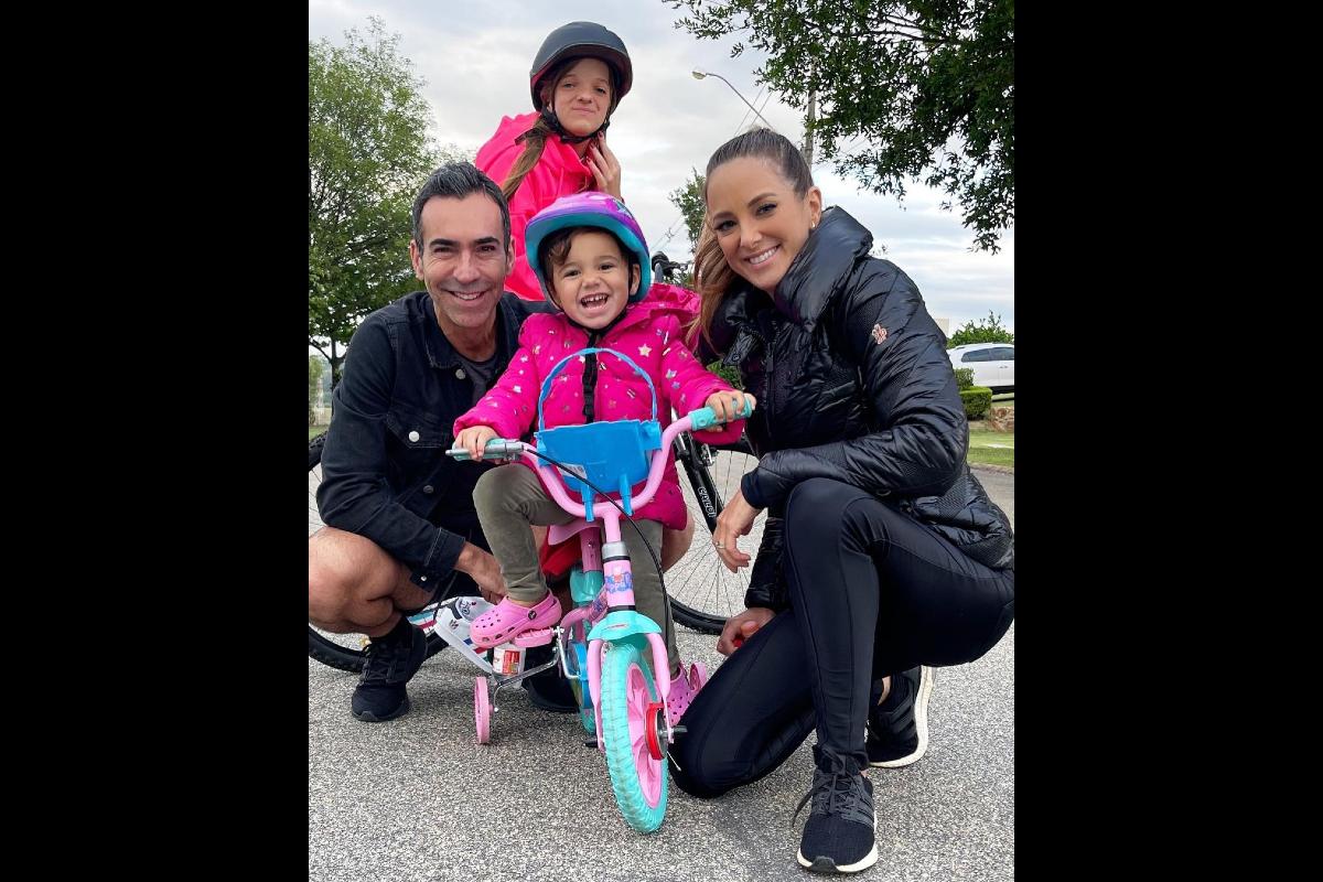 Ticiane Pinheiro publica foto em família para comemorar o Dia das Crianças