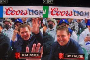 Tom Cruise foi visto em jogo de beisebol com o filho Connor