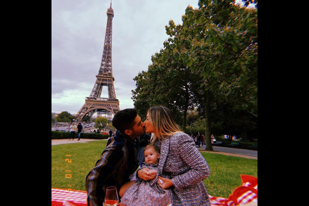 Zé Felipe publica foto ao lado de Virginia e Maria Alice em Paris