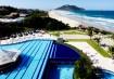 A área aquática é o destaque do Costão do Santinho Resort