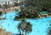 Na Praia de Dunas, em Fortaleza, o sol e a água são fartos no Beach Park