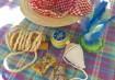 Lembrancinha da festa:  Chapéu que serve como estojo para os brinquedos e guloseimas.