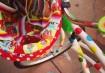 Os detalhes da cestinha e os adesivos de bolinha dão um charme especial/ Foto: http://ow.ly/kQaiG
