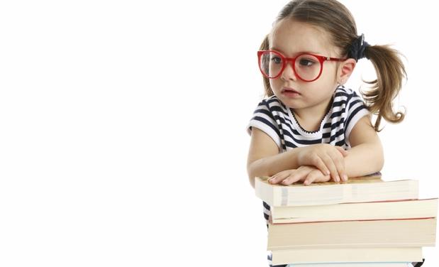 Muitas crianças só são levadas ao oftalmologista por dificuldade de  enxergar a lousa em sala de aula, mas o primeiro exame de vista do bebê,  conhecido como ... 49d117d244